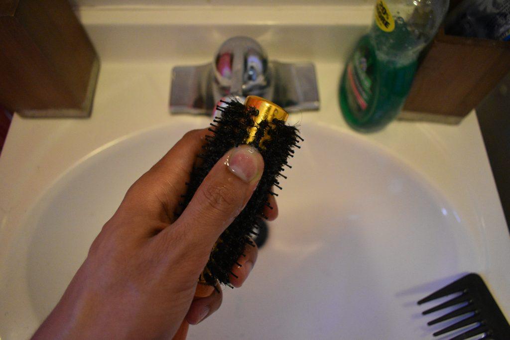 clean mens hair brush 6